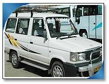 Toyota Qualis Car Rental