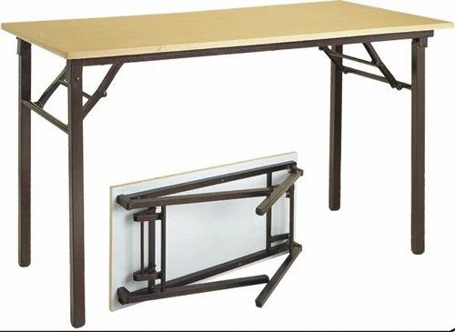 Metal Folding Table Size 150 X 80 X 80 Cm Rs 6500