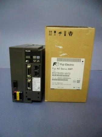 FUJI ELECTRIC RYC751D3-VVT2  FALDIC Servo Drive *NEW*