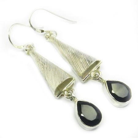 Black Onyx Pear Earring