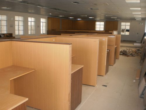 office workstations - office work table service provider from chennai