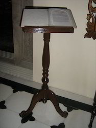 How to put a book in a lectern