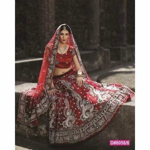 ff41bb88ca8b1 Bridal Lehenga Collection, Sarees, Lehenga And Salwar Suits | H. M. ...