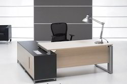 Wooden Office Tables in Pune Maharashtra Wood Office Tables