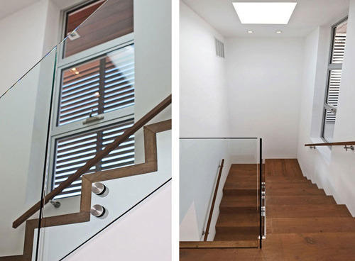 Superior Glass Staircase