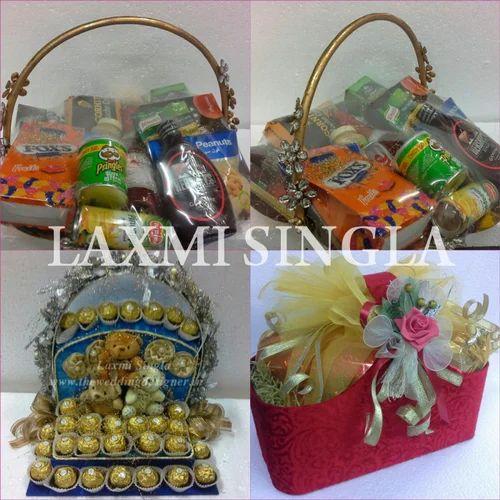 Hamper Gift Wedding Return Gift Hamper Manufacturer From Delhi