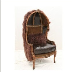Solitude Hooded Chair