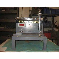 Strian Rosette