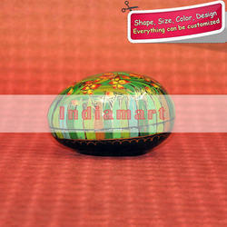 Paper Mache Moulded Egg Multicolor Handpainted Paper Mache Greenery Easter Egg, Size: 3 Inch Onwards