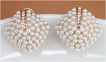 2014 Gold Plated Vintage Imitated Pearl Earrings Stud Nonglait