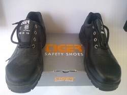 Safety Shoes - Calliber's Joint Leather Safety Shoes Exporter from Pune
