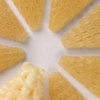 Triangle Snacks Pellets
