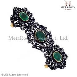 Emerald Gemstone Designer Knuckle Ring