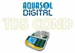 Lab Bench Top Digital Conductivity Meter