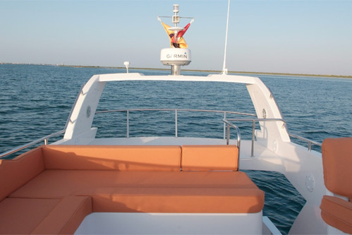 Oryx 40 Fly Boat | West Coast Marine Yacht Services Private