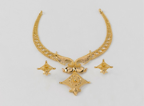 indian gold anushapatil south on best length and necklace design clothing antique short designs light haaram lightweight jewellery images weight pinterest