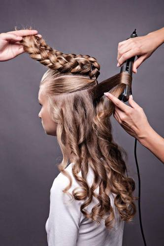 Wedding Hair Style Hair Styles Services À¤¬ À¤² À¤• À¤• À¤Ÿà¤¨ À¤• À¤¸ À¤µ À¤ In Maruthi Nagar Tirupati Larken Unisex Hair And Beauty Studio Id 9014637573