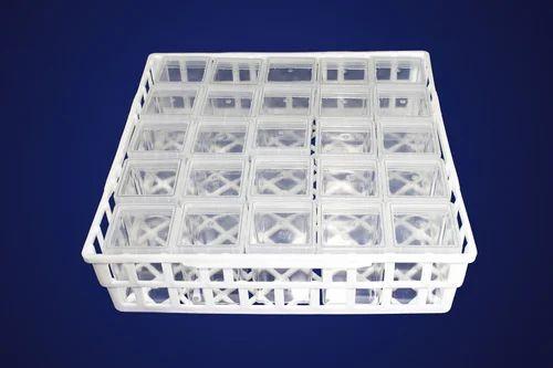 Transparent G-07 P C Container with PP Cap Autoclavable & 400 mL