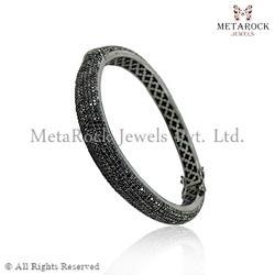 Fashion Diamond Bangle Jewelry