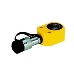 Remote Controlled Hydraulic Jack