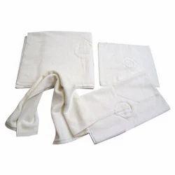 Harshit International Plain Hotel Terry Towel, Length: Upto 150 cm