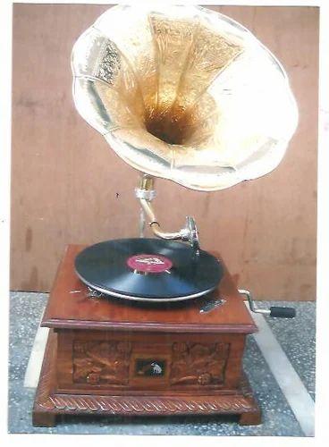 Wood Carving Gramophones Wooden Gramophones Mehrauli New Delhi