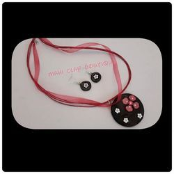 Evergreen Black And Red Metal Jewellery