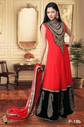 Ladies Bridal Suit - Dot Exports, New Delhi | ID: 5369007973