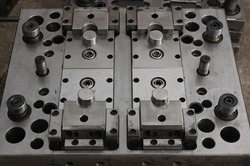 Plastic Injection Dies & Molds, for Industrial, Rectangular