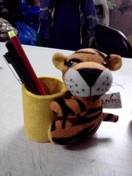 Tiger Pen Stand -Small