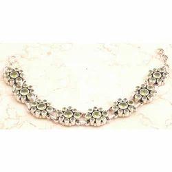 Glamorous Peridot Bracelet in 925 Sterling Silver