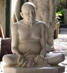 Gajanan Maharaj Statue