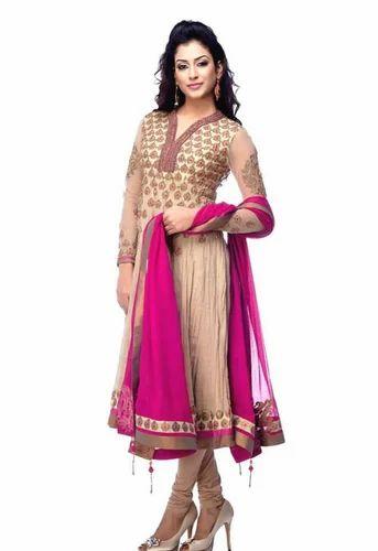 Model in punjabi dress images