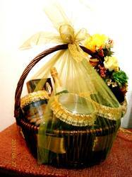 Gift Hamper Packing Services